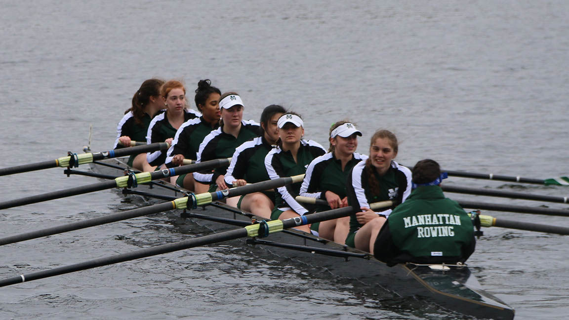 Rowing Competes At Sacred Heart Invitational